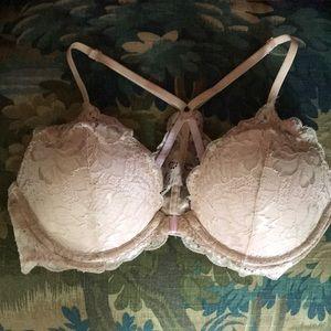 Victoria's Secret NWOT 34C Lace T back bra!